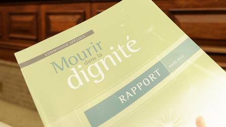 Québec : Le comité Ménard plaide pour une mort dans la dignité