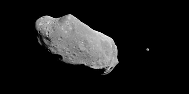 Météorites en Russie : des images de l'astéroïde 2012 DA 14