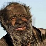 Amoo Hadji : l'homme le plus sale du monde - 60 ans sans se laver