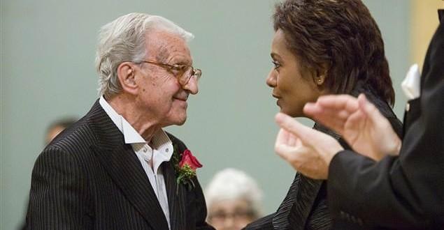 Le peintre québécois Fernand Leduc nous a quittés mardi à l'âge de 97 ans