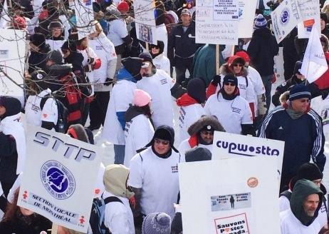 Ottawa : Manifestation des postiers contre la fin de la livraison du courrier à domicile