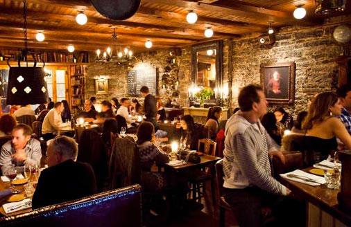 Bars de Montréal : Un projet pilote pour une fermeture repoussée à 6h du matin