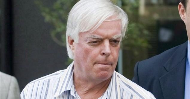 Earl Jones : Le fraudeur a été libéré sous conditions