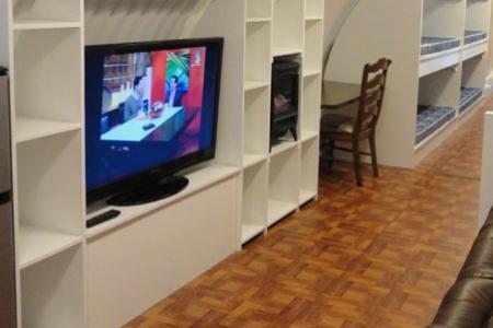Une télévision et un caméscope contre le meurtre de son mari