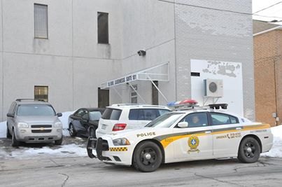 Agression à l'essence à Québec : Le suspect devra répondre à plusieurs chefs d'accusation