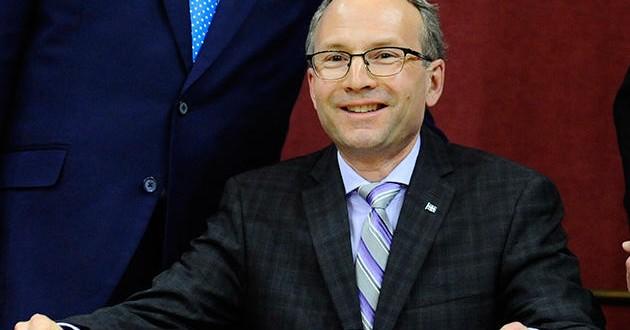 Martin Coiteux : Toutes les propositions seront discutées dont la privatisation d'Hydro-Québec