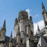 Prêtres : Les victimes d'agressions sexuelles appellent à la suspension des dons à l'Eglise