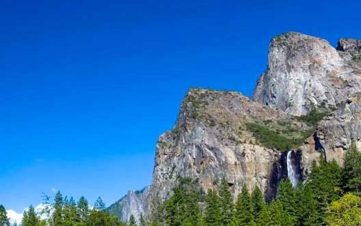 Un Québécois de 19 ans coincé au sommet des montagnes Rocheuses a été secouru au Colorado