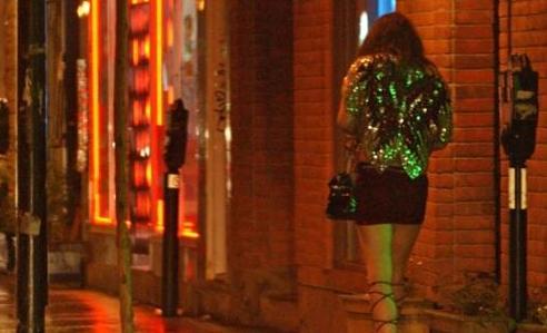 Projet de loi sur la prostitution : Une pénalisation des clients et des proxénètes