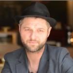 La Voix – Saison 3 : Pierre Lapointe prendra place sur le fauteuil rouge