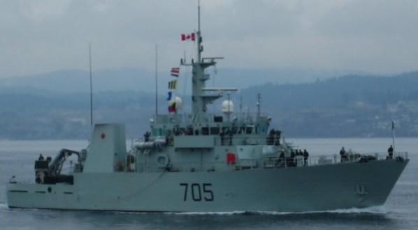 NCSM Whitehorse : Le navire de la marine royale rebrousse chemin à cause d'une inconduite