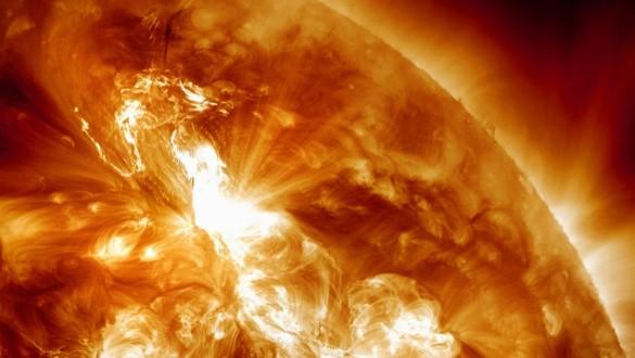 La terre approchée par deux tempêtes solaires