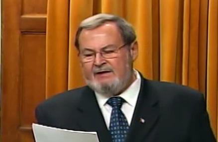 Harcèlement : Le député Peter Goldring retire et regrette ses propos