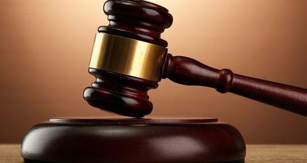 Awso Peshdary interdit d'entrer en contact avec une dizaine de personnes dont la mère de John Maguire