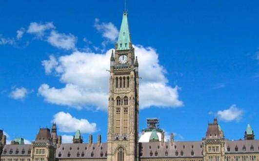 Un homme a été arrêté pour avoir proféré des menaces de faire exploser le parlement d'Ottawa