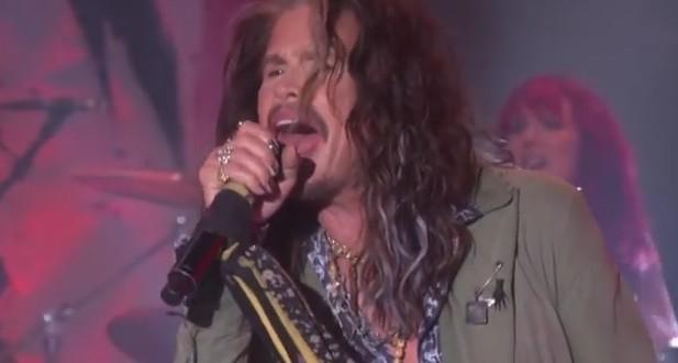 Aerosmith : Steven Tyler annonce la séparation du groupe et une tournée d'adieu