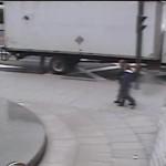 Un homme activement recherché après un délit de fuite au centre ville de Montréal