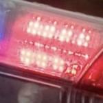 Une pelle mécanique tombe sur un véhicule : Une femme victime de sérieuses blessures