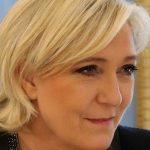 Marine Le Pen absente à l'hommage de Johnny Hallyday