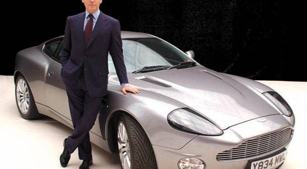 L'Aston Martin de James Bond mise en vente