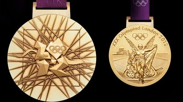 La médaille pour Mark Wells, Wladimir Klitschko et Jedrzejczak