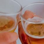 Neknomination : Un jeu d'alcool qui inquiète