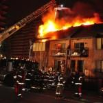 Un important incendie considéré comme suspect s'est déclenché dans une résidence à Côte-Saint-Luc