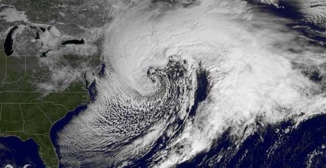 La côte atlantique du Canada touchée par une puissante tempête de neige