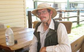 Un allemand survit dans le désert Australien grâce aux insectes
