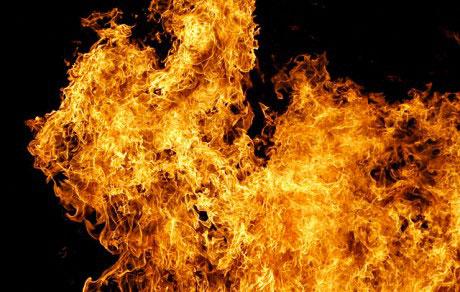 Violent incendie à Montréal : Un homme et sa fille de 12 ans victimes des flammes