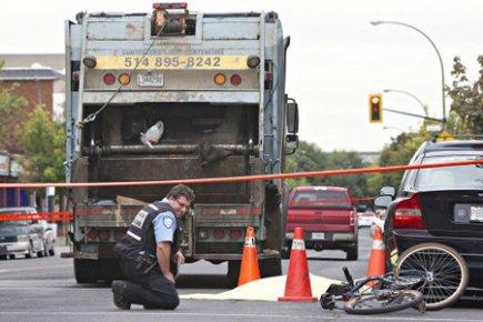 Trois-Rivières : Une femme décède après avoir été heurtée par un camion d'ordures
