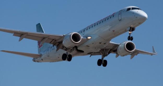 Compagnies aériennes Canadiennes : Plus de restriction pour utiliser vos appareils électroniques