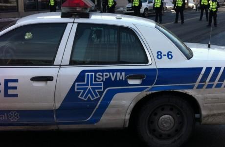 Double tentative de meurtre à Montréal : Deux hommes grièvement blessés dans un état critique