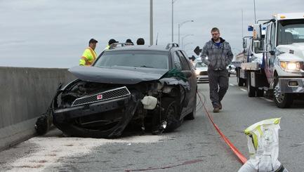Rage au volant sur l'Autoroute 40 au niveau du pont Charles-de-Gaulle : Un homme grièvement blessé