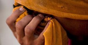Pakistan : Cinq jeunes femmes dont deux adolescentes brûlées à l'acide
