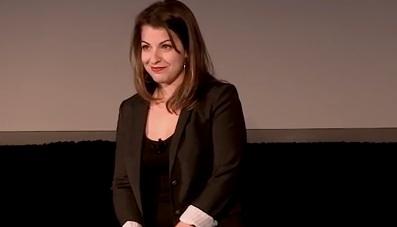 Anita Sarkeesian annule sa conférence à l'Utah State University à cause de menaces de mort