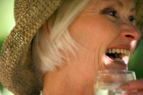 La consommation d'alcool associée à la mémoire épisodique chez les personnes de 60 ans et plus