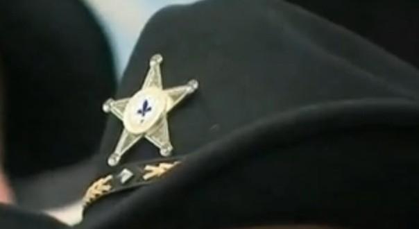 Les policiers de Châteauguay optent pour le chapeau de cowboy et l'étoile de shérif