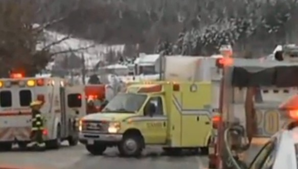 Beauceville : Une collision impliquant une voiture et un camion a fait un blessé grave