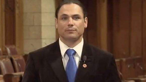 Le procès de l'ancien sénateur Patrick Brazeau est ouvert