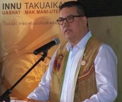 Accusations d'agression sexuelle sur mineure : Le chef Mike Mckenzie se retire de ses fonctions