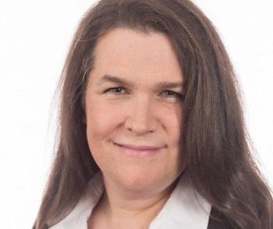 Julie Lemieux: Première mairesse transsexuelle élue à Très-Saint-Rédempteur
